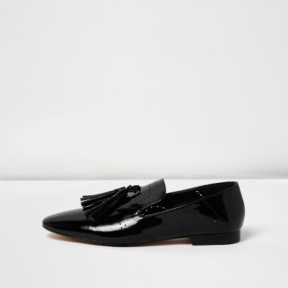 river-island-womens-black-patent-tassel-loafers